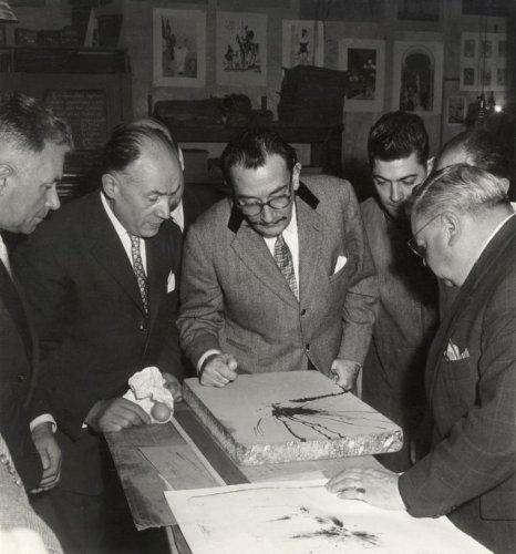 Dalí revisa la imagen