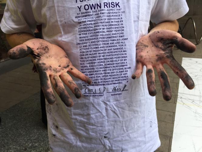camiseta-con-riesgos